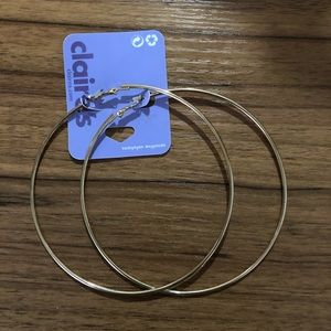 """NWT Gold Hoops 4"""""""